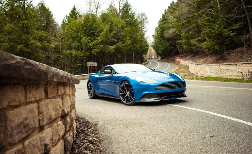 2014 Aston Martin Vanquish - Slide 11