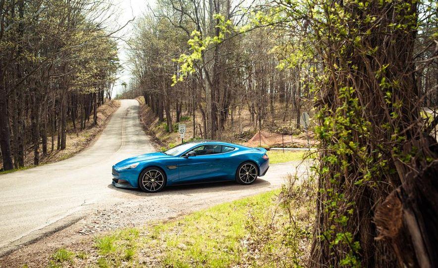 2014 Aston Martin Vanquish - Slide 15