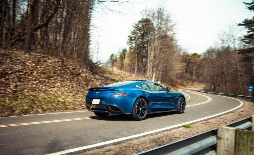 2014 Aston Martin Vanquish - Slide 17