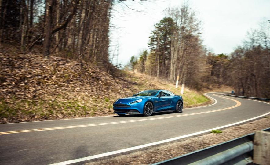 2014 Aston Martin Vanquish - Slide 18