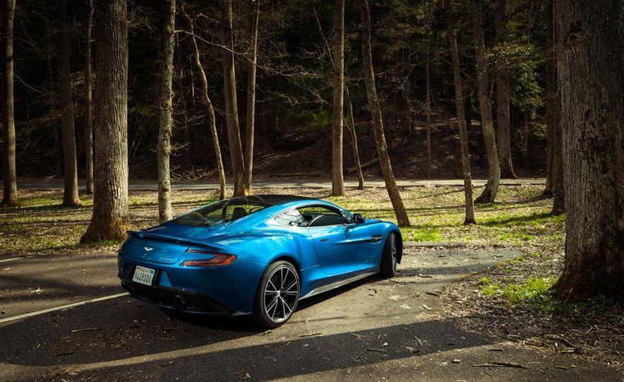 2014 Aston Martin Vanquish - Slide 24