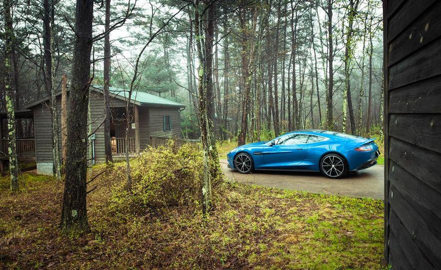 2014 Aston Martin Vanquish - Slide 27