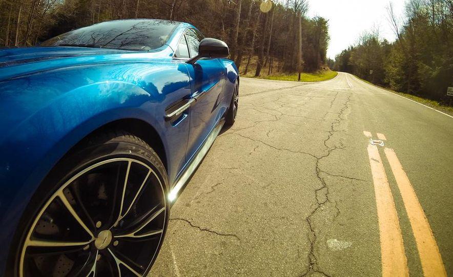 2014 Aston Martin Vanquish - Slide 30