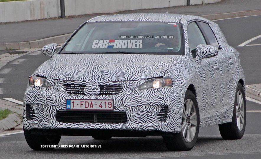 2015 Lexus NX (spy photo) - Slide 2