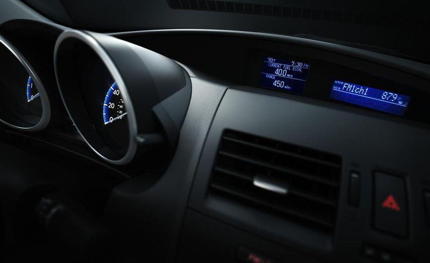 2011 Mazda 2 - Slide 17