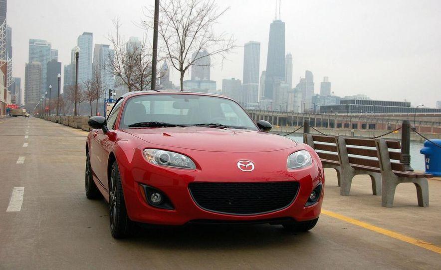 2011 Mazda 2 - Slide 21