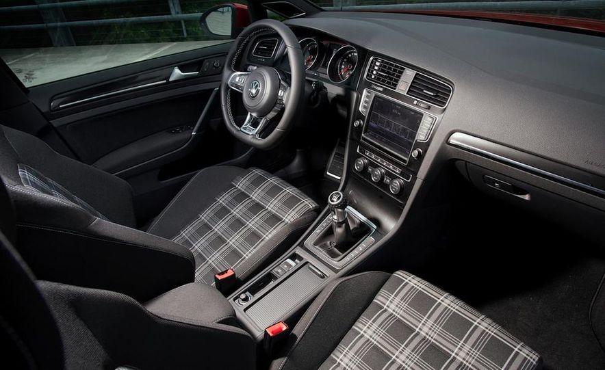 2014 Volkswagen Golf GTD - Slide 10