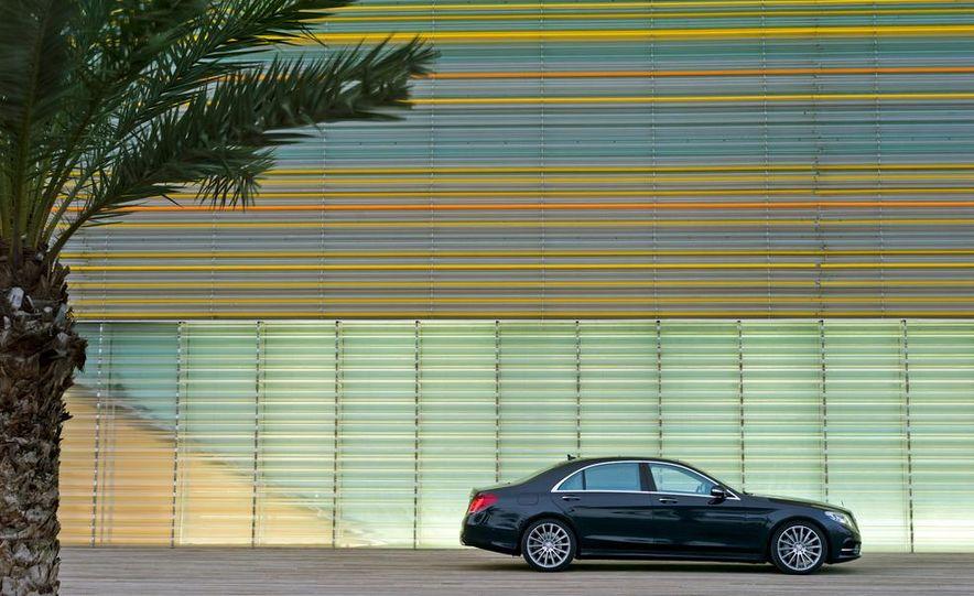 2014 Mercedes-Benz S350 BlueTec - Slide 33