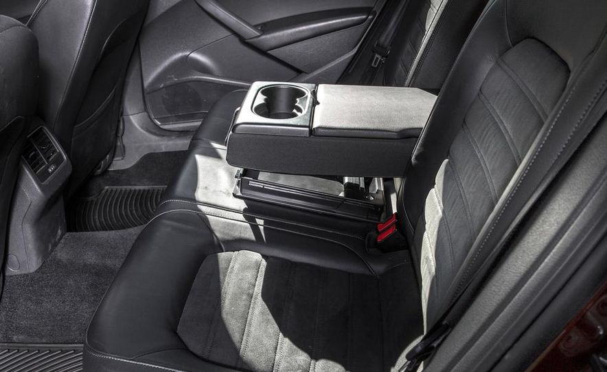 2013 Volkswagen Passat TDI SEL - Slide 9