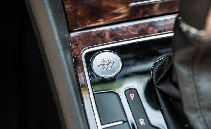 2013 Volkswagen Passat TDI SEL - Slide 13