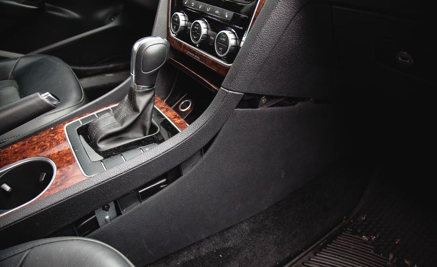 2013 Volkswagen Passat TDI SEL - Slide 32