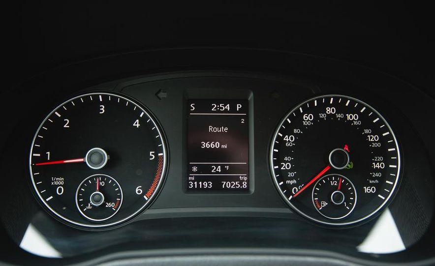 2013 Volkswagen Passat TDI SEL - Slide 35