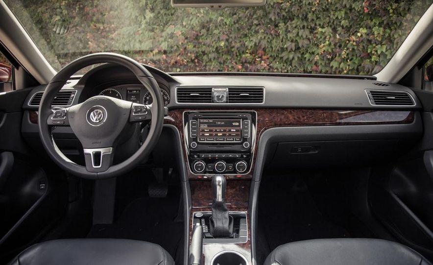 2013 Volkswagen Passat TDI SEL - Slide 58