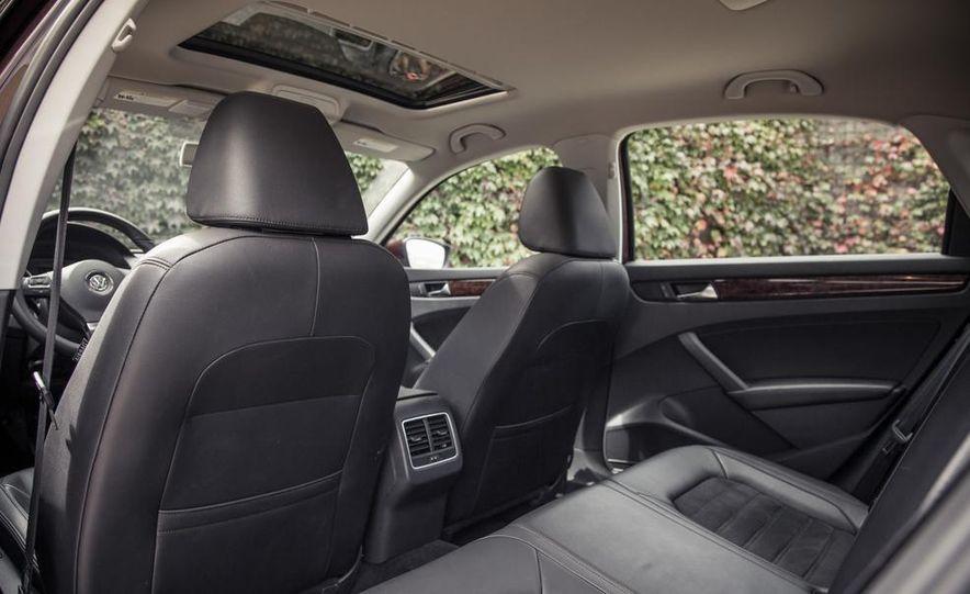 2013 Volkswagen Passat TDI SEL - Slide 61