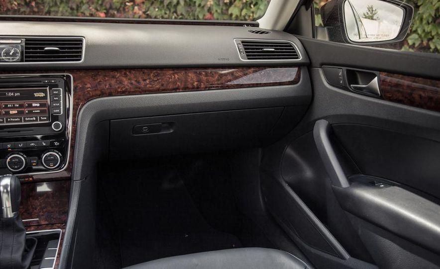 2013 Volkswagen Passat TDI SEL - Slide 65
