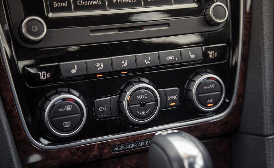 2013 Volkswagen Passat TDI SEL - Slide 70