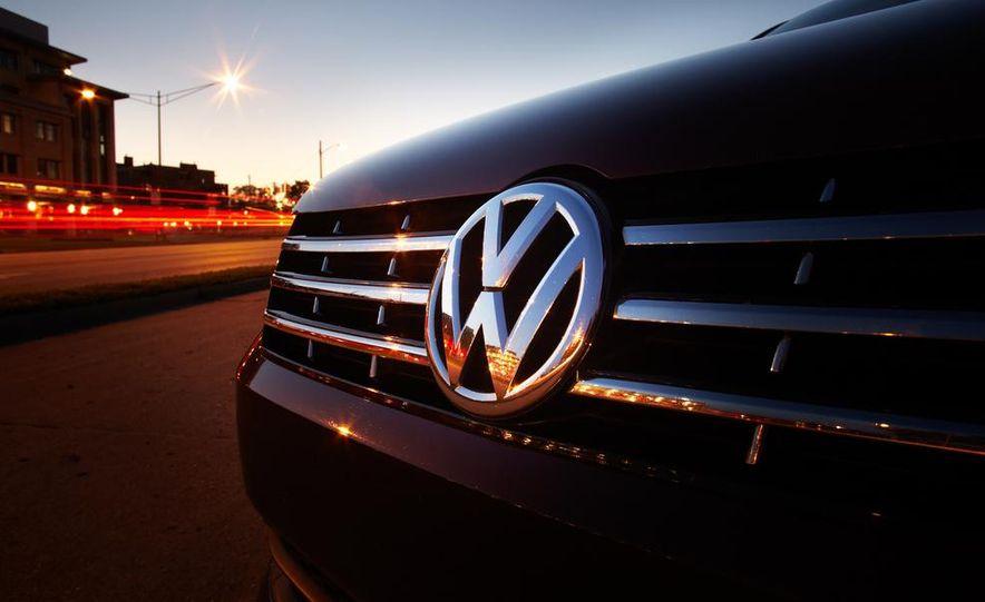 2013 Volkswagen Passat TDI SEL - Slide 5