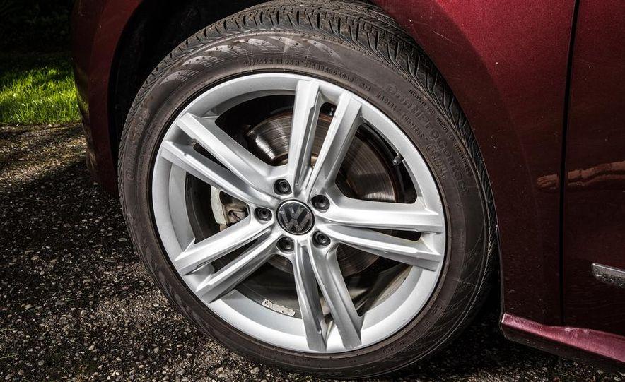 2013 Volkswagen Passat TDI SEL - Slide 7
