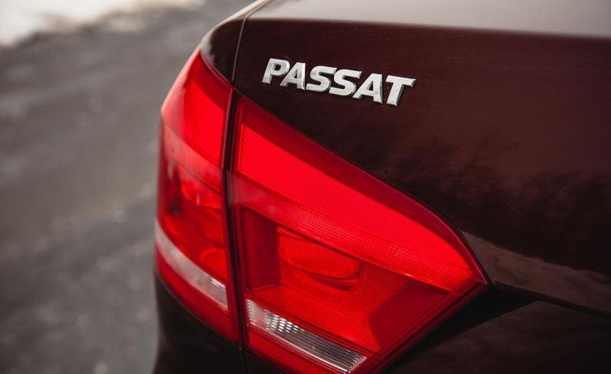 2013 Volkswagen Passat TDI SEL - Slide 30
