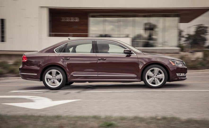 2013 Volkswagen Passat TDI SEL - Slide 41