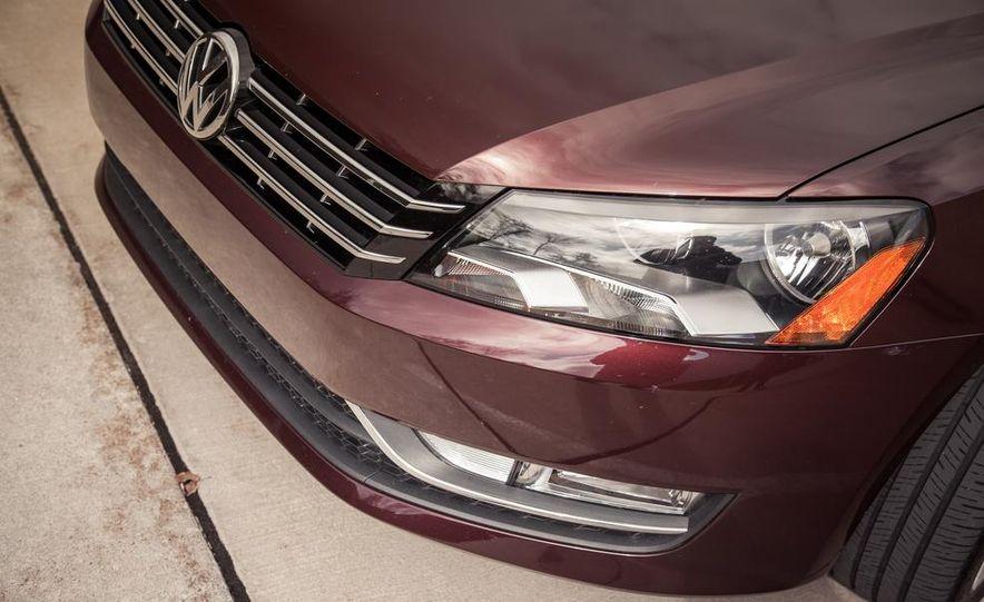 2013 Volkswagen Passat TDI SEL - Slide 49