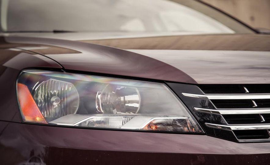 2013 Volkswagen Passat TDI SEL - Slide 50