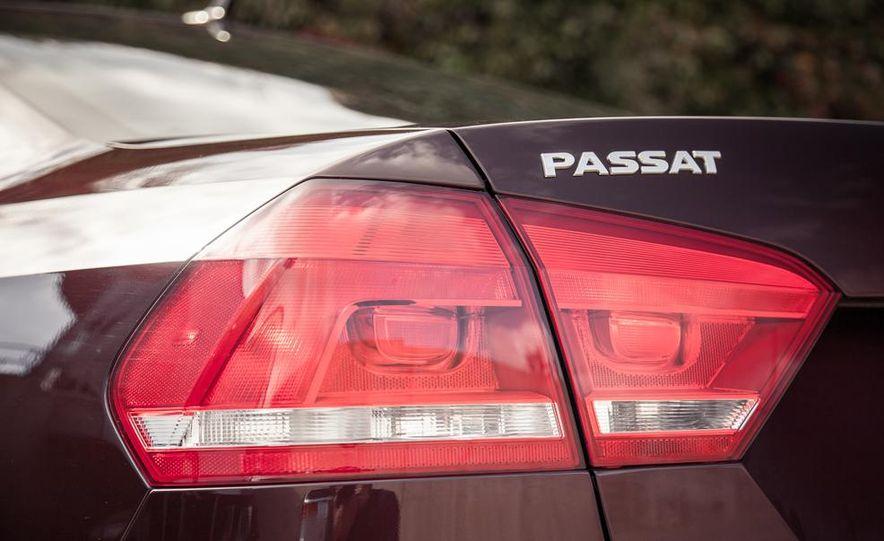 2013 Volkswagen Passat TDI SEL - Slide 54