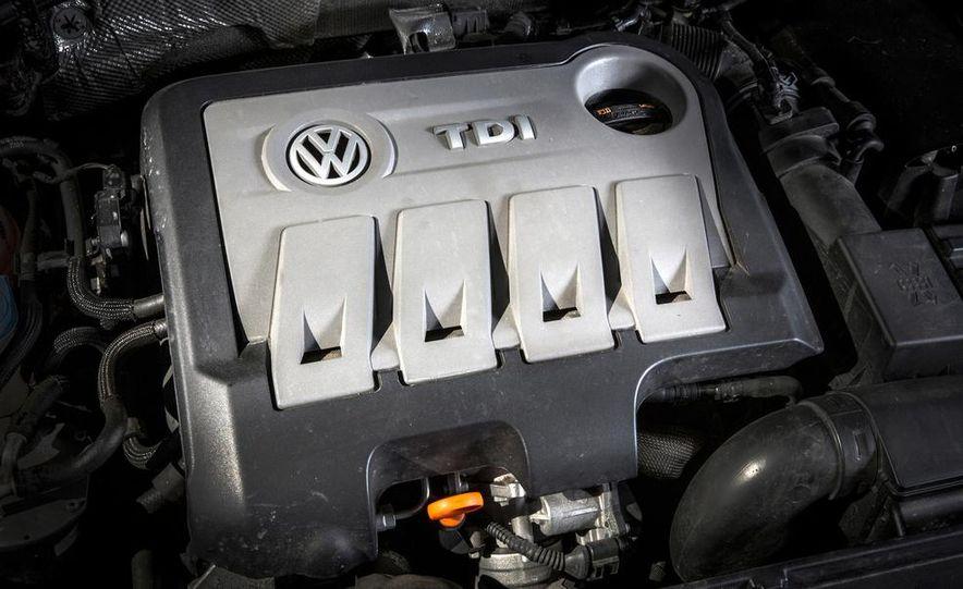2013 Volkswagen Passat TDI SEL - Slide 16