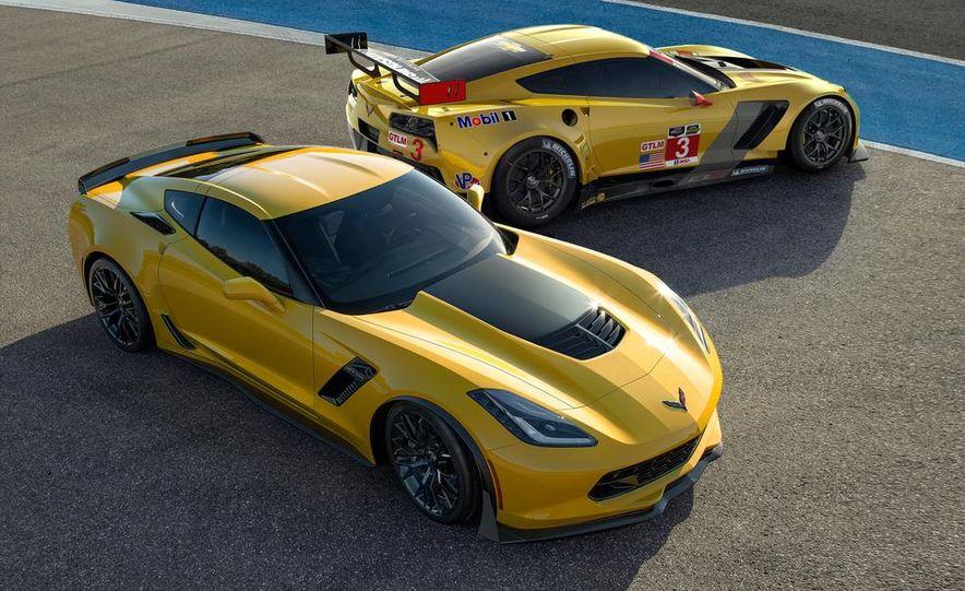 2015 Chevrolet Corvette Z06 and C7.R racer - Slide 1