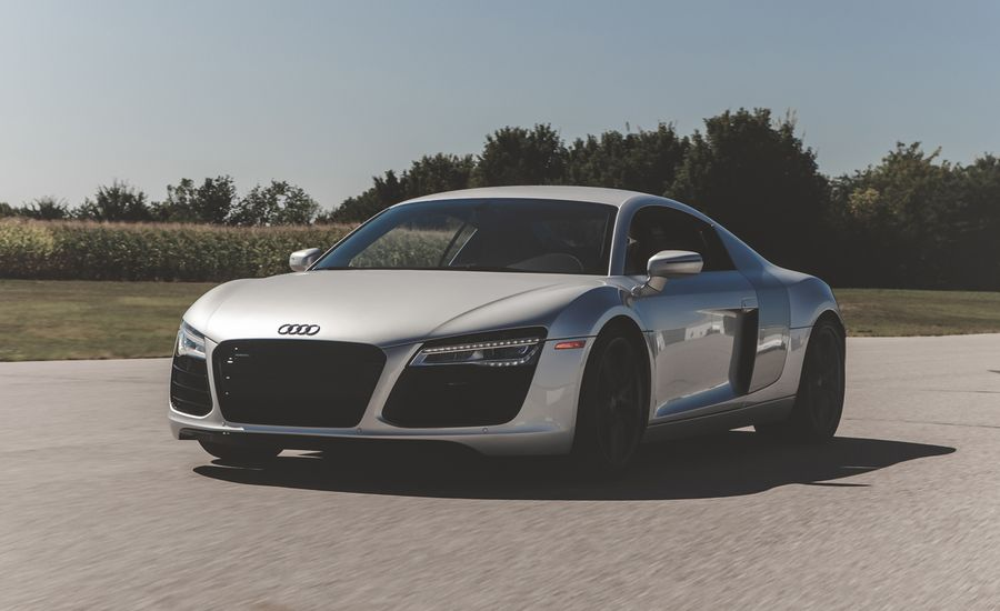 Audi R V Manual Test Review Car And Driver - Audi r8 top speed