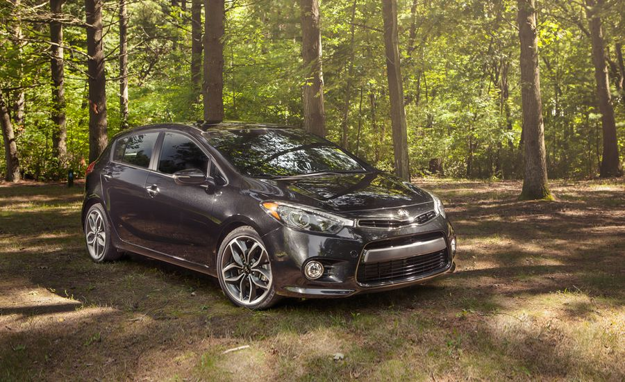 2014 kia forte5 turbo test review car and driver. Black Bedroom Furniture Sets. Home Design Ideas