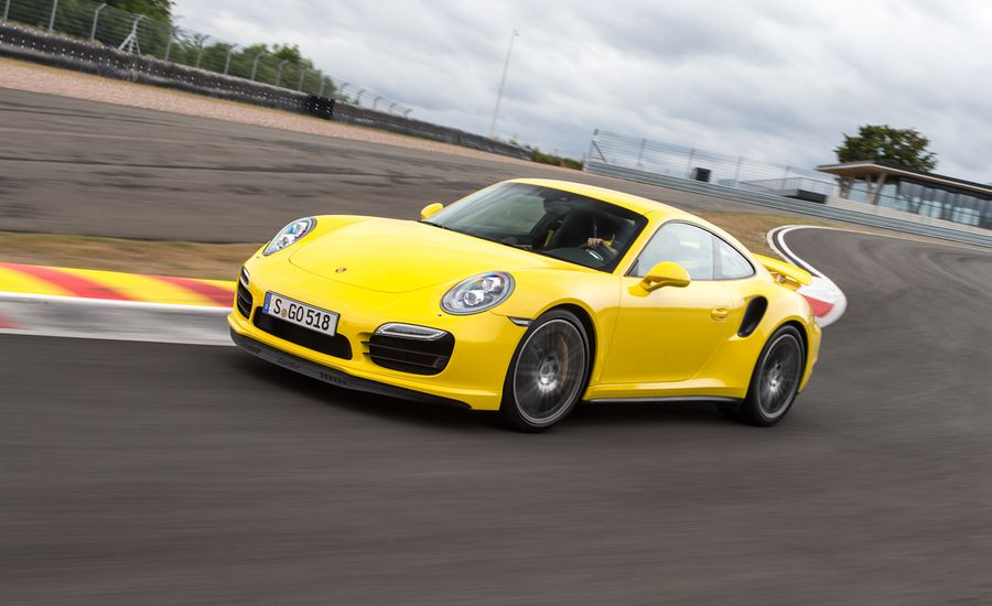 2014 Porsche 911 Turbo / Turbo S
