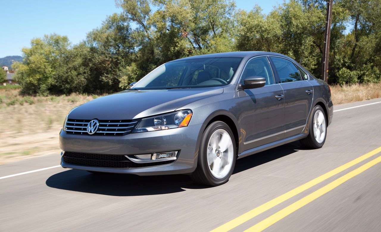 2014 volkswagen passat 1 8t first drive review car and driver. Black Bedroom Furniture Sets. Home Design Ideas