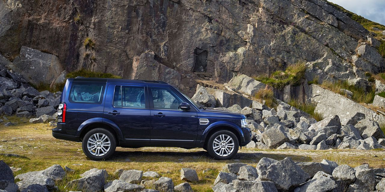 2014 Land Rover Lr4 Photos And Info 8211 News 8211 Car And Driver