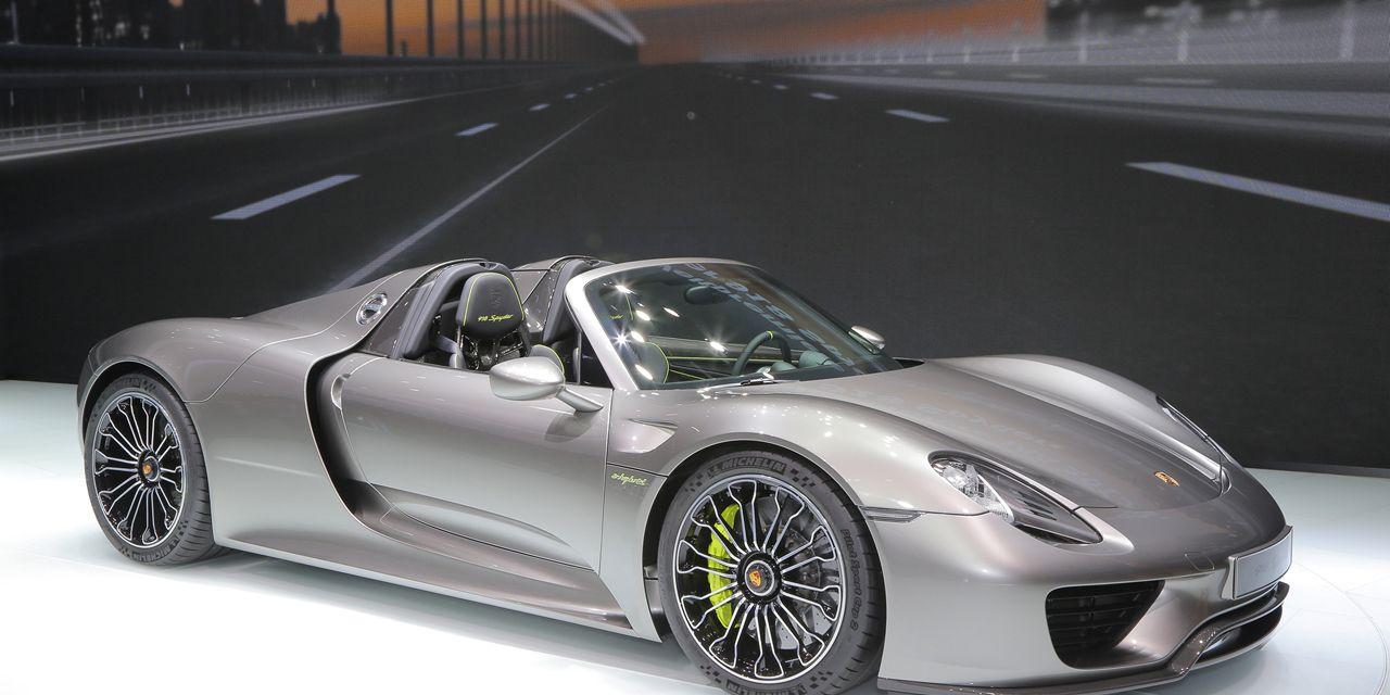 2015 Porsche 918 Spyder: Production Spec Finally Revealed