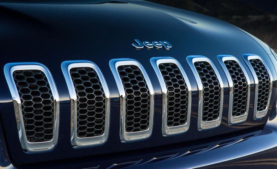 2014 Jeep Cherokee Limited - Slide 38
