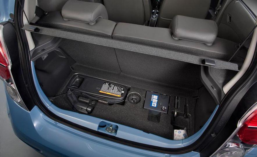 2014 Chevrolet Spark EV - Slide 29