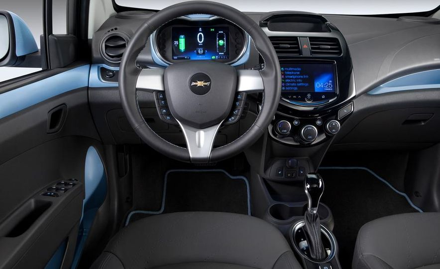 2014 Chevrolet Spark EV - Slide 30