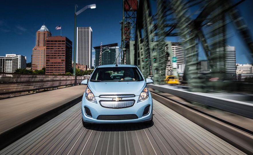 2014 Chevrolet Spark EV - Slide 6