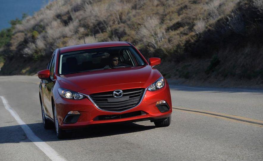 2014 Mazda 3 hatchback - Slide 11