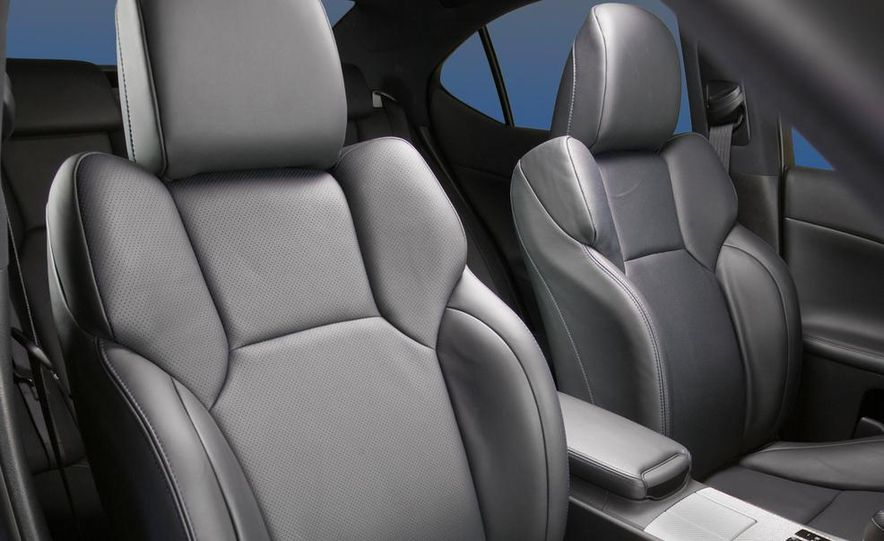 2015 Lexus RC F (spy photo) - Slide 27