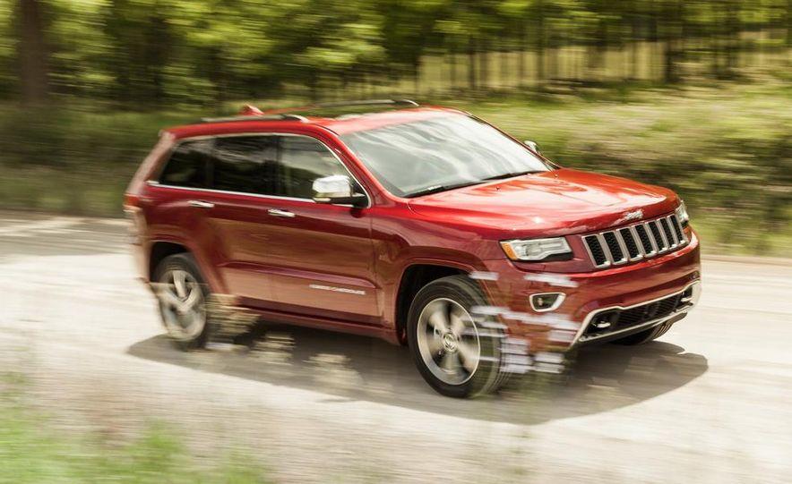 2014 Jeep Grand Cherokee Overland - Slide 2