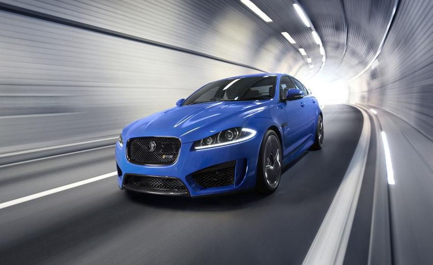2015 Jaguar XFR-S Sportbrake (spy photo) - Slide 10