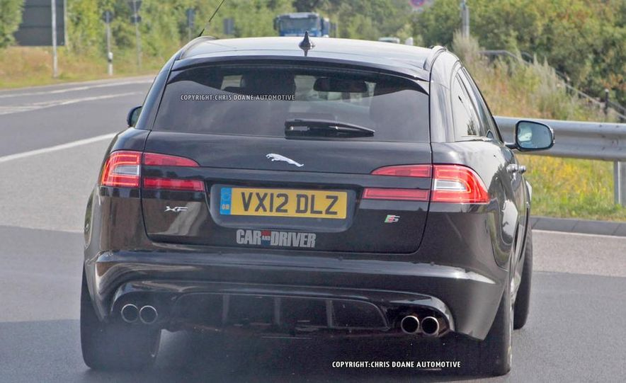 2015 Jaguar XFR-S Sportbrake (spy photo) - Slide 7