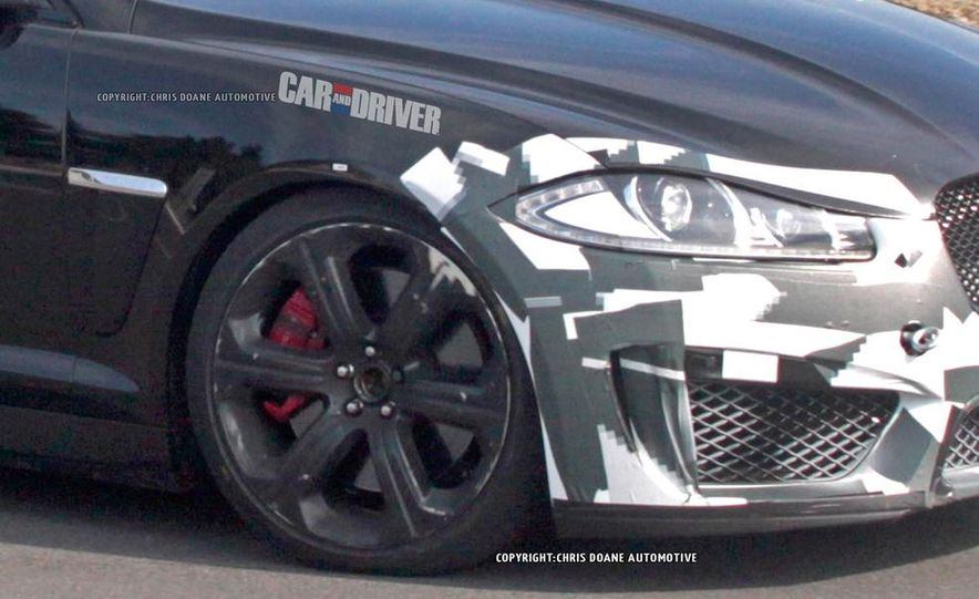 2015 Jaguar XFR-S Sportbrake (spy photo) - Slide 8