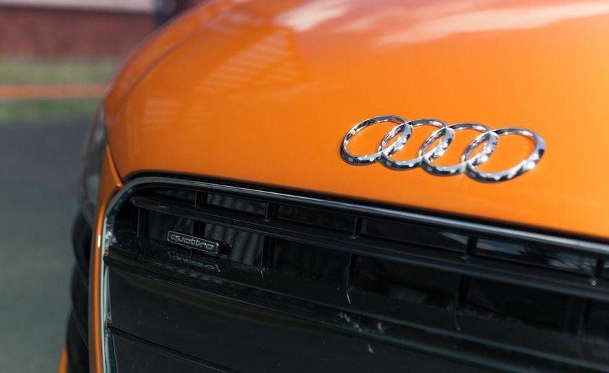 2014 Audi R8 4.2 Spyder DCT - Slide 13