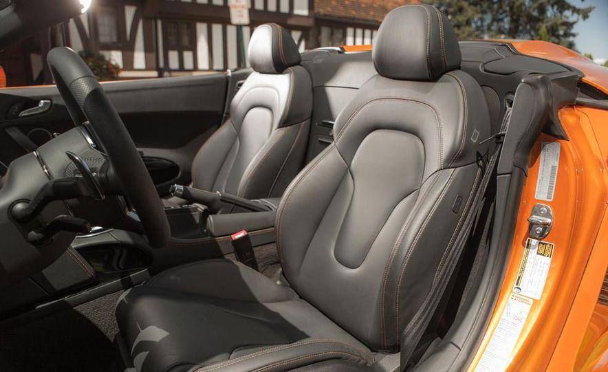 2014 Audi R8 4.2 Spyder DCT - Slide 23