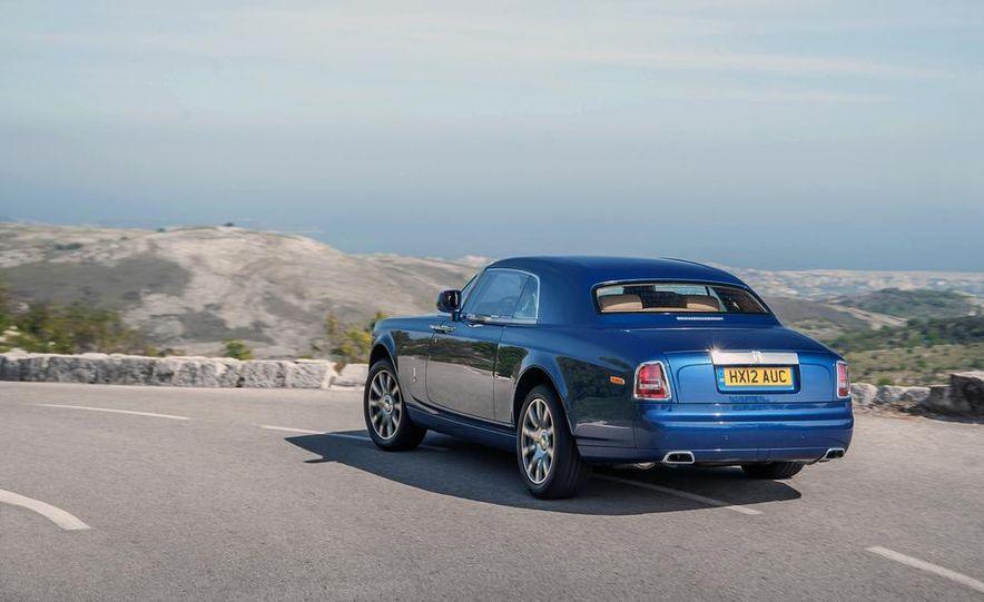 2014 Rolls-Royce Ghost - Slide 11