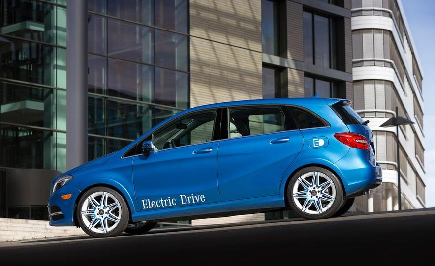 2014 Mercedes-Benz B-Class Electric Drive - Slide 2