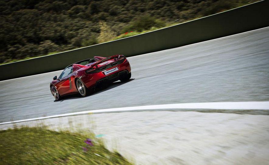 2014 McLaren 12C - Slide 12
